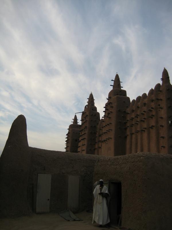 en la mezquita de adobe
